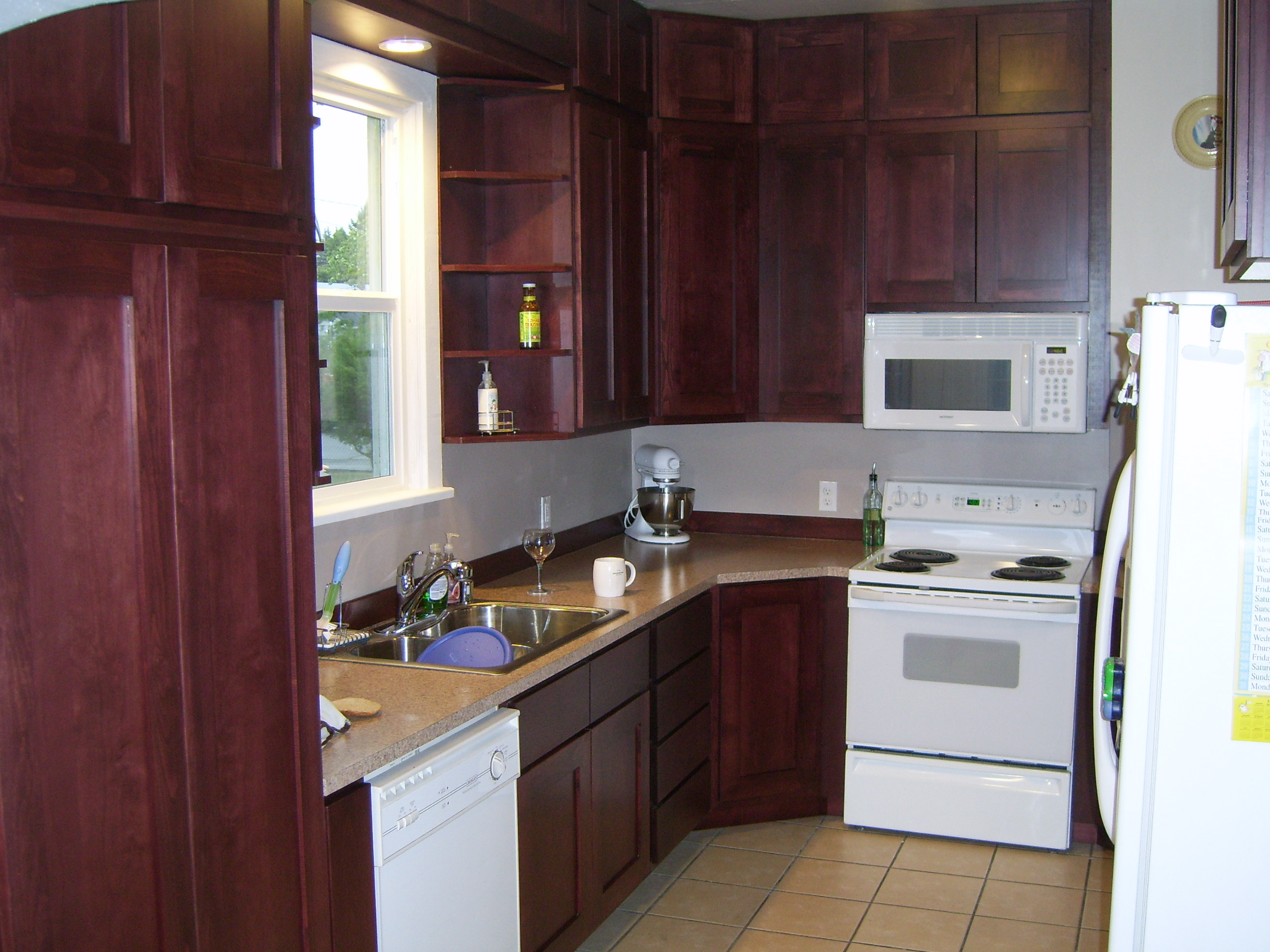 Superieur Newly Remodeled Kitchen With New Custom Cabinets